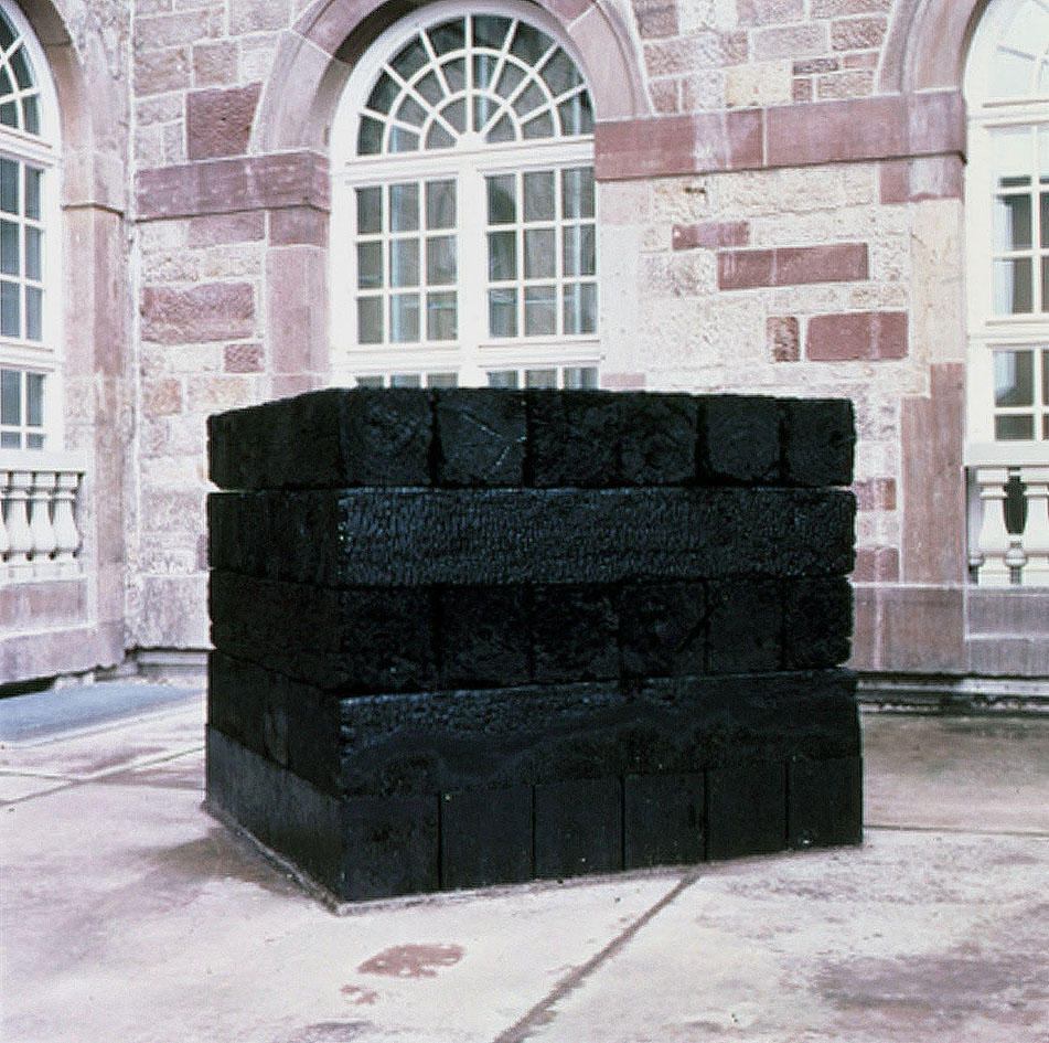 Epitaph (The installation view of Documenta 8,  in Kassel, Germany)