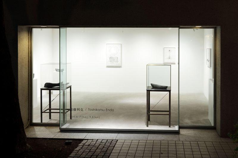 個展「欲動⇔空洞」展示風景 at ヒルサイドフォーラム+ アートフロントギャラリー、in 2010