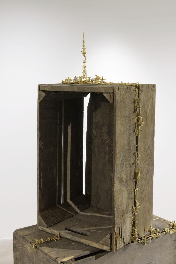 250dpi_35°42′36″N,139°48′39″E(Skytree)_wooden box, brass_variable size_2020_upper part.jpg