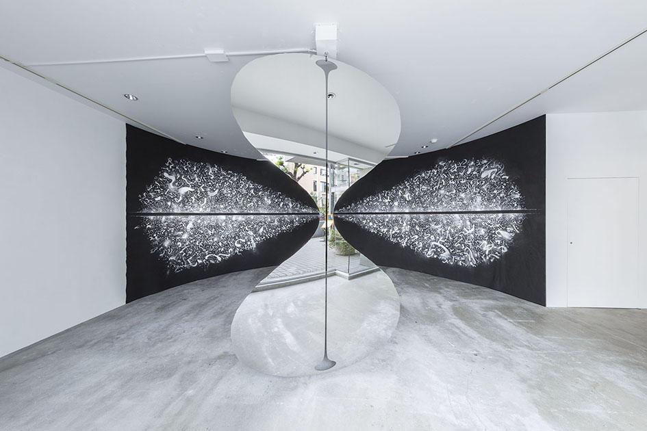 鈴木ヒラク展:タグチ・アートコレクション田口美和氏コメント
