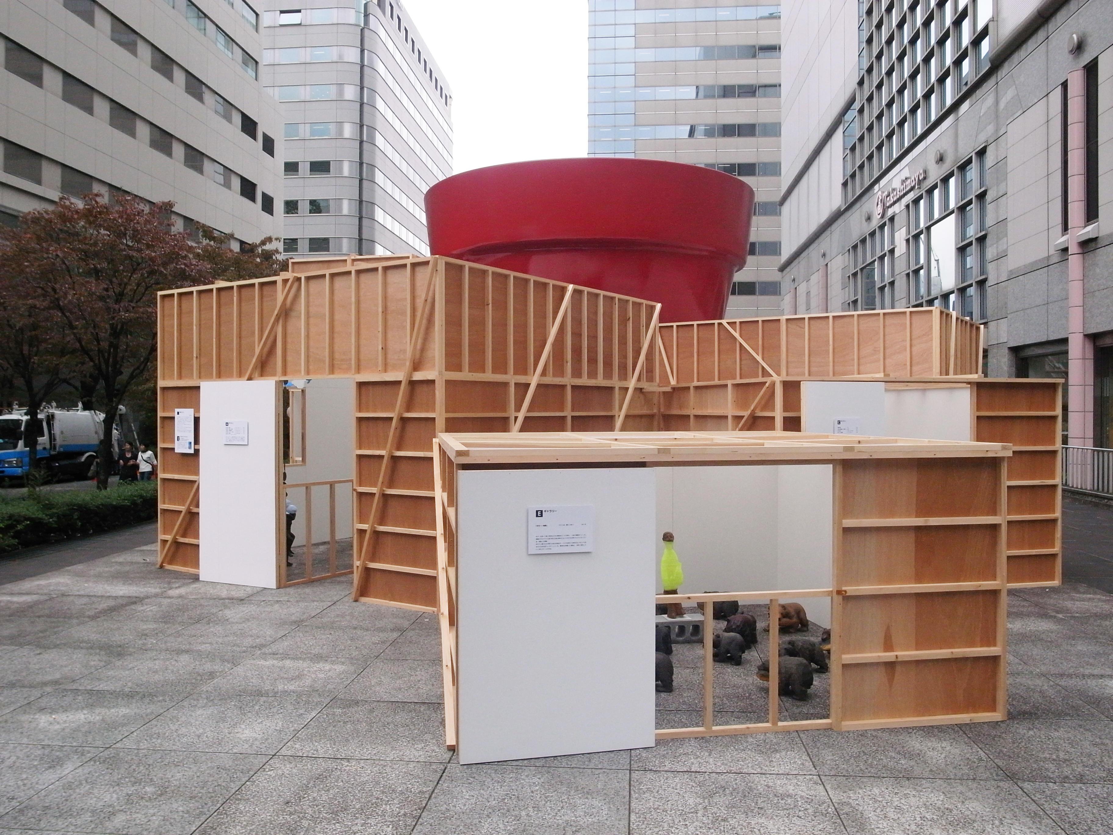 Kyotaro Hakamata special installation for 1 week at FARET Tachikawa Art
